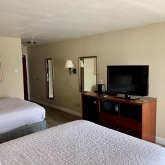 Отель Country Inn & Suites by Radisson, Midway, FL удобства в номере