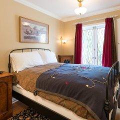 Отель English Bay Inn Bed and Breakfast Канада, Ванкувер - отзывы, цены и фото номеров - забронировать отель English Bay Inn Bed and Breakfast онлайн комната для гостей фото 2