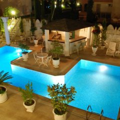 Conny's Boutique Hotel - Adults Only бассейн фото 3