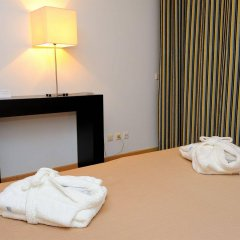 Отель Oceano Atlantico Apartamentos Turisticos Портимао сейф в номере
