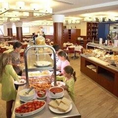 Отель Blaumar Hotel Salou Испания, Салоу - 7 отзывов об отеле, цены и фото номеров - забронировать отель Blaumar Hotel Salou онлайн питание