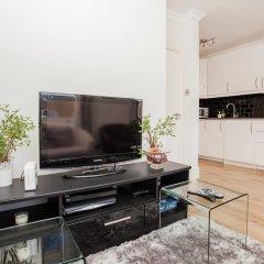 Апартаменты Modern 2 Bedroom Apartment On The Doorstep Of Queens Park комната для гостей фото 4