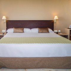 Отель Catalonia Mirador des Port комната для гостей