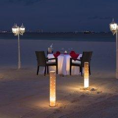 Отель Beachscape Kin Ha Villas & Suites Мексика, Канкун - 2 отзыва об отеле, цены и фото номеров - забронировать отель Beachscape Kin Ha Villas & Suites онлайн приотельная территория фото 2