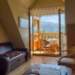 Апартаменты VisitZakopane Vanilla Apartments Косцелиско комната для гостей