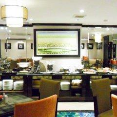 Golden Lotus Luxury Hotel питание