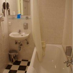 City Hotel am Kurfürstendamm ванная