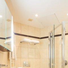 Отель Gounod Hotel Франция, Ницца - 7 отзывов об отеле, цены и фото номеров - забронировать отель Gounod Hotel онлайн ванная фото 2