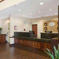 Отель Comfort Suites Plainview интерьер отеля