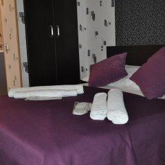 Hotel Your Comfort сейф в номере