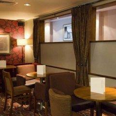 Отель Premier Inn London Kensington интерьер отеля фото 3