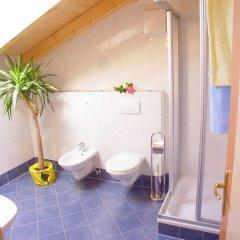 Отель Gogerer Hof Рачинес-Ратскингс ванная фото 2