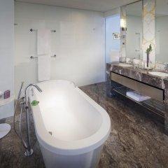 Jumeirah at Etihad Towers Hotel ванная