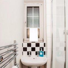 Отель Riverside Cutty Sark 2 Bedroom Retreat Лондон ванная