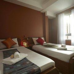 Отель Pannee Lodge Таиланд, Бангкок - отзывы, цены и фото номеров - забронировать отель Pannee Lodge онлайн комната для гостей фото 3
