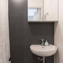 Отель Nieuwezijds Apartments Нидерланды, Амстердам - отзывы, цены и фото номеров - забронировать отель Nieuwezijds Apartments онлайн ванная фото 2