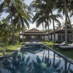 Отель Four Seasons Resort The Nam Hai, Hoi An, Vietnam бассейн фото 2