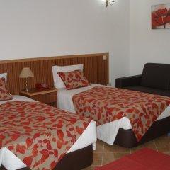 Hotel Louro комната для гостей