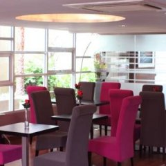 Отель Klassique Sukhumvit Бангкок питание фото 2