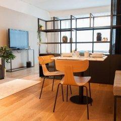 Отель PREMIER SUITES PLUS Antwerp комната для гостей фото 8