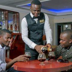 Отель Beni Gold Нигерия, Лагос - отзывы, цены и фото номеров - забронировать отель Beni Gold онлайн гостиничный бар