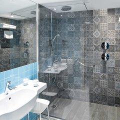 Отель Catalonia Avinyó Испания, Барселона - 8 отзывов об отеле, цены и фото номеров - забронировать отель Catalonia Avinyó онлайн ванная фото 2
