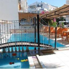 Majestic Hotel Турция, Алтинкум - отзывы, цены и фото номеров - забронировать отель Majestic Hotel онлайн бассейн фото 3