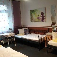 Отель Sultanias Homesharing Германия, Нюрнберг - отзывы, цены и фото номеров - забронировать отель Sultanias Homesharing онлайн комната для гостей фото 4