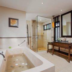 Отель Movenpick Resort & Spa Karon Beach Phuket Таиланд, Пхукет - 4 отзыва об отеле, цены и фото номеров - забронировать отель Movenpick Resort & Spa Karon Beach Phuket онлайн ванная