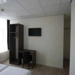 Отель de Keizerskroon Нидерланды, Амстердам - отзывы, цены и фото номеров - забронировать отель de Keizerskroon онлайн удобства в номере фото 2