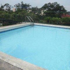 Отель Garden Plaza Hotel Филиппины, Манила - отзывы, цены и фото номеров - забронировать отель Garden Plaza Hotel онлайн бассейн фото 3