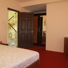 Отель Swayambhu Hotels & Apartments - Ramkot Непал, Катманду - отзывы, цены и фото номеров - забронировать отель Swayambhu Hotels & Apartments - Ramkot онлайн комната для гостей фото 5