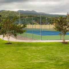 Отель Zades Vacation Home спортивное сооружение