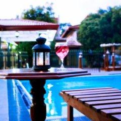 Отель French Villa Шри-Ланка, Калутара - отзывы, цены и фото номеров - забронировать отель French Villa онлайн бассейн фото 2