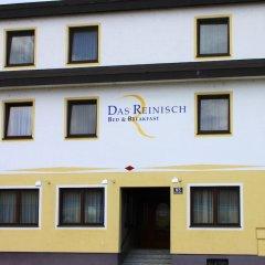Отель Das Reinisch Guesthouse Вена вид на фасад
