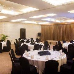 Отель Diamond Suites And Residences Филиппины, Лапу-Лапу - 1 отзыв об отеле, цены и фото номеров - забронировать отель Diamond Suites And Residences онлайн помещение для мероприятий