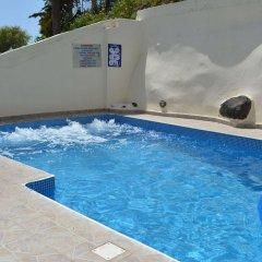 Отель Anemomilos Villa Греция, Остров Санторини - отзывы, цены и фото номеров - забронировать отель Anemomilos Villa онлайн бассейн