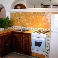 Отель Suites La Siesta Пуэрто-Вальярта в номере фото 2