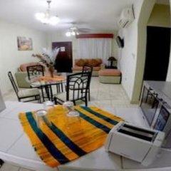 Отель Travel Suites комната для гостей фото 5