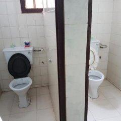 Отель Bella Vista Luxury Guest House Гана, Кофоридуа - отзывы, цены и фото номеров - забронировать отель Bella Vista Luxury Guest House онлайн ванная