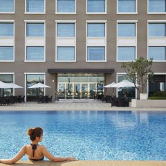 Hotel Nikko Saigon бассейн
