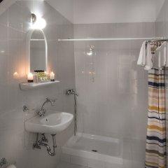 Отель Carolina Греция, Афины - 2 отзыва об отеле, цены и фото номеров - забронировать отель Carolina онлайн ванная фото 6