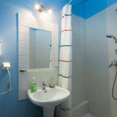 Отель Hostel Helvetia Польша, Варшава - 1 отзыв об отеле, цены и фото номеров - забронировать отель Hostel Helvetia онлайн ванная фото 2
