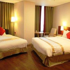 Отель Ramada Hotel and Suites Seoul Namdaemun Южная Корея, Сеул - 1 отзыв об отеле, цены и фото номеров - забронировать отель Ramada Hotel and Suites Seoul Namdaemun онлайн комната для гостей фото 5