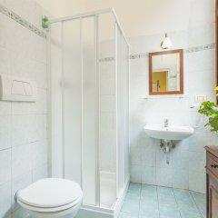 Отель Tourist House Liberty Италия, Флоренция - отзывы, цены и фото номеров - забронировать отель Tourist House Liberty онлайн ванная фото 2