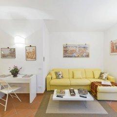 Отель Design Apartments Florence - Duomo Италия, Флоренция - отзывы, цены и фото номеров - забронировать отель Design Apartments Florence - Duomo онлайн комната для гостей фото 2