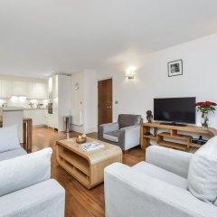 Апартаменты Tavistock Place Apartments Лондон комната для гостей фото 2