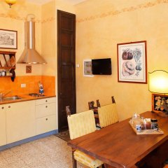 Апартаменты Poggio Imperiale Apartments Флоренция в номере