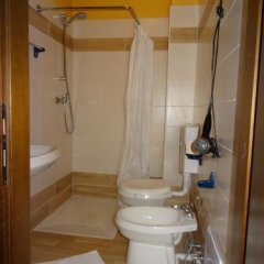 Hotel Galles Кьюзафорте ванная фото 2
