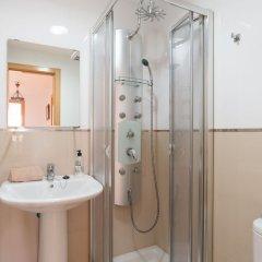 Отель MalagaSuite Beach Solarium & Pool Торремолинос ванная фото 2